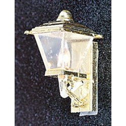 &MH629: GOLD COACH LAMP