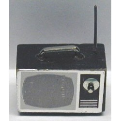 &IM66011: BLACK TV SET