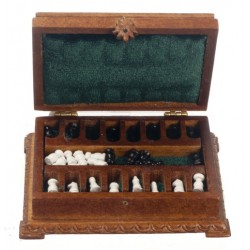 CHESS BOX W/CHESS SET