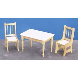 Table W 2 Chairs