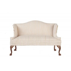 Queen Anne Loveseat/Walnut