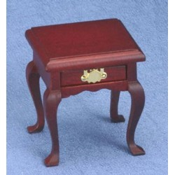 Square End Table  Mahogany