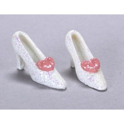 White Mini Shoe w/pink
