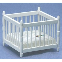 &AZT5047: +PLAY PEN, WHITE