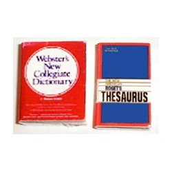 DESK SET - DICTIONARY & THESAURUS