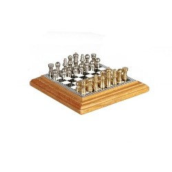 Chess Set On Board Oak