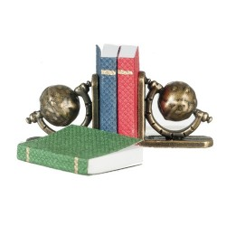 Sm.globe Bookends W/books
