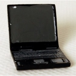 LAPTOP COMPUTER 7/8 IN WIDE